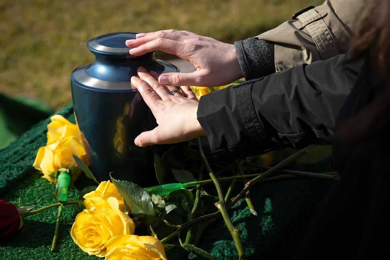 「故人の希望で葬儀をしない」という選択はあるのでしょうか?のサムネイル画像