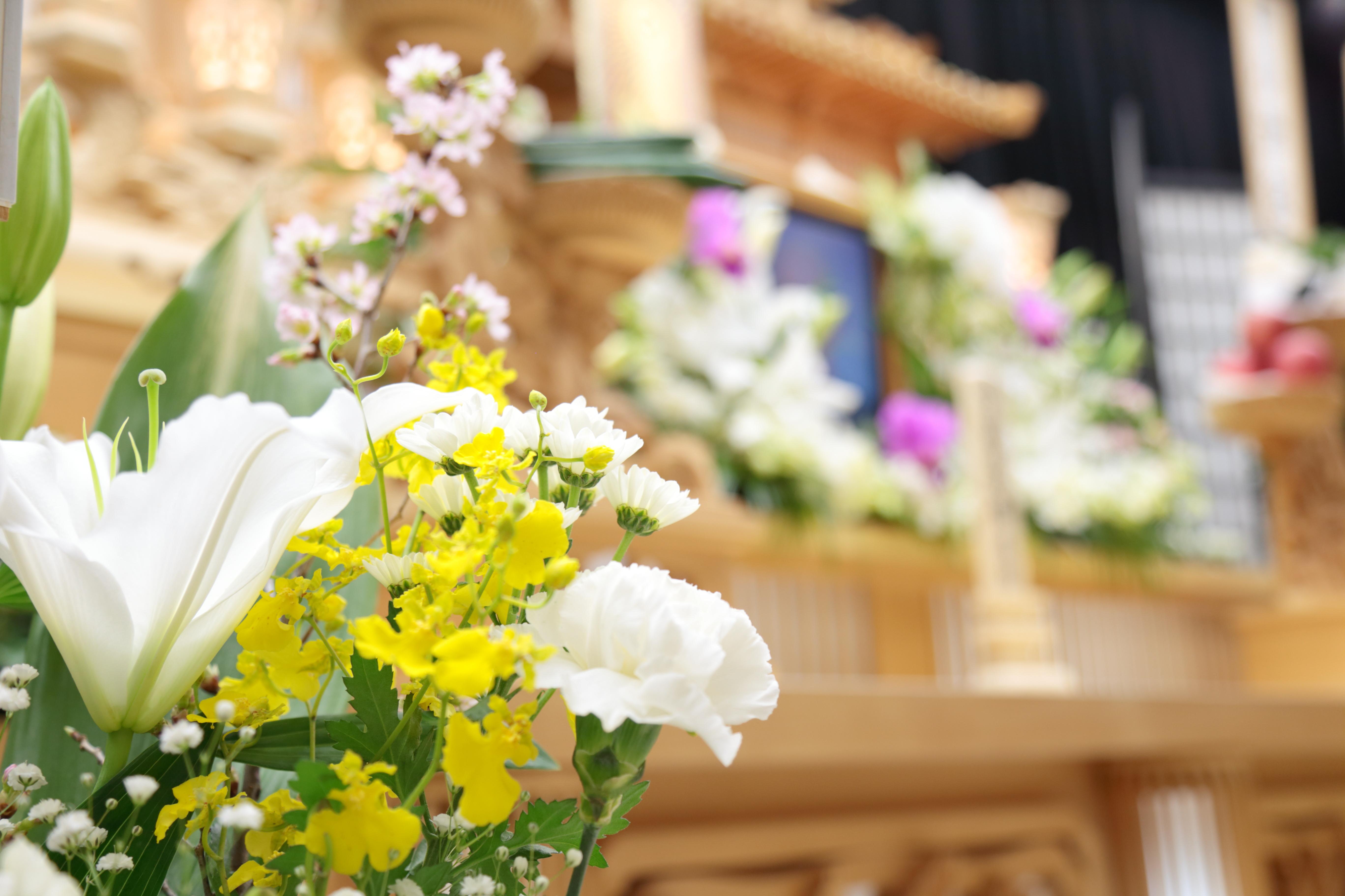 【葬儀】玉串料とは?玉串料の意味・書き方・包み方・相場を解説!のサムネイル画像
