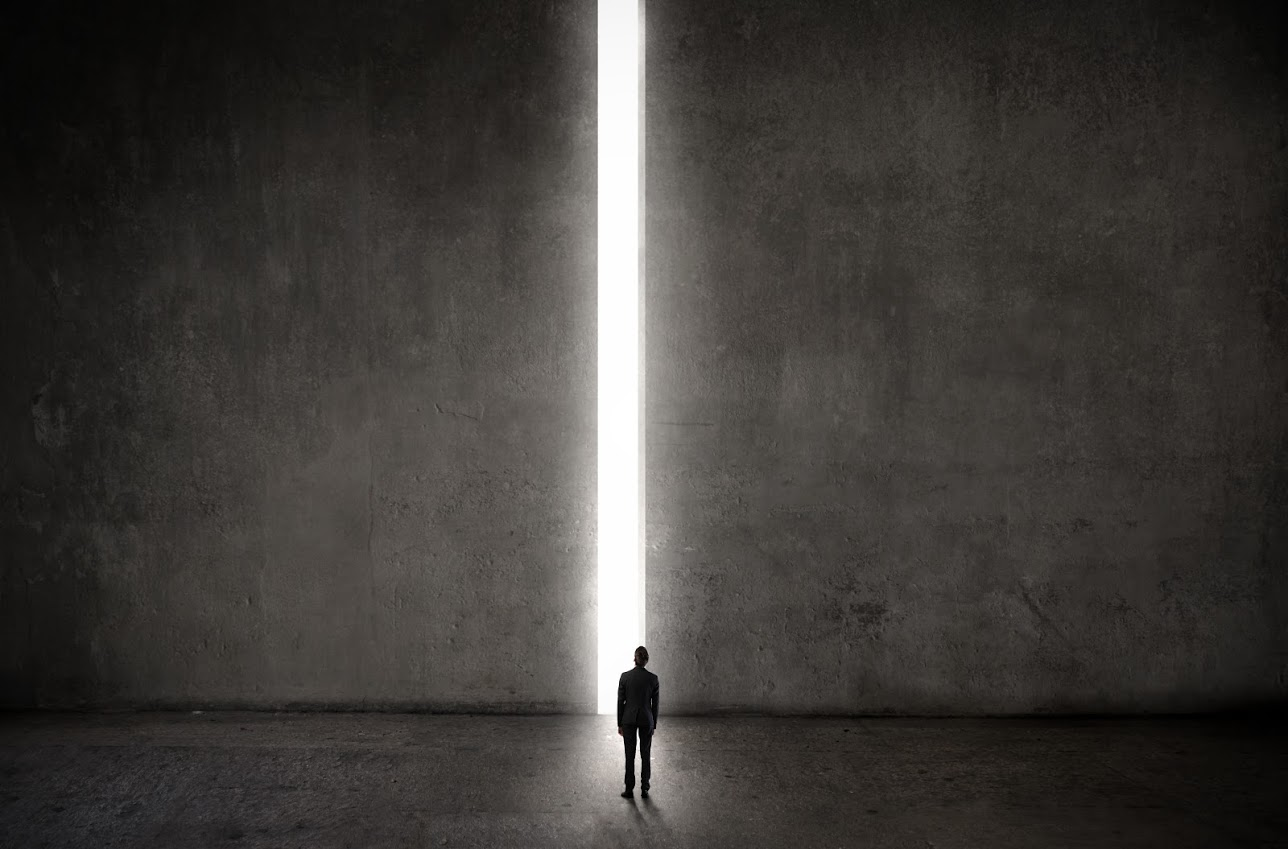 【孤独死】孤独死の発見から葬儀まで。流れと費用を解説【葬儀】のサムネイル画像