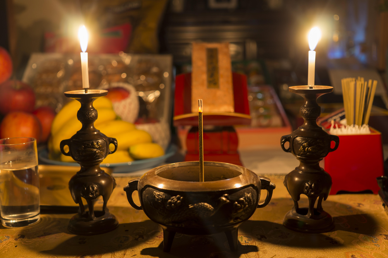 仏壇の修理方法|仏壇を綺麗に直す方法を修復からリメイクまで紹介のサムネイル画像