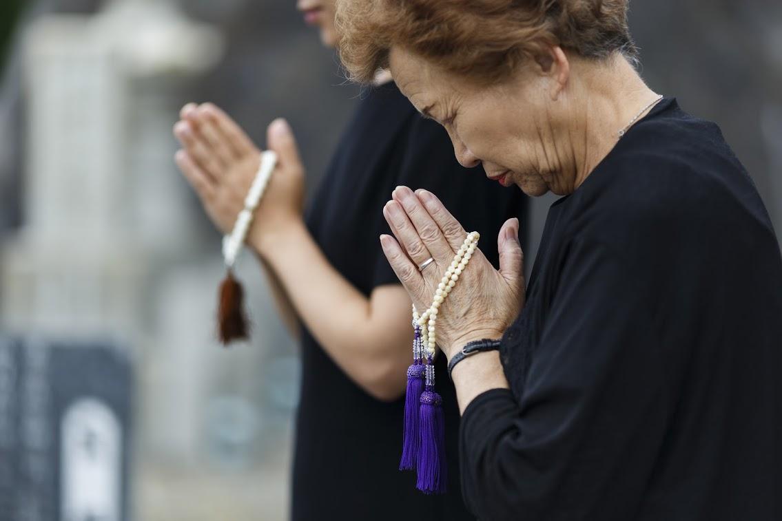 【直葬式の流れ】メリット・デメリット・費用相場についても解説のサムネイル画像