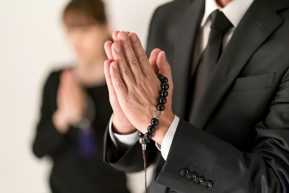 【1日葬】知っておくべき手順や注意点・メリット&デメリットも解説のサムネイル画像