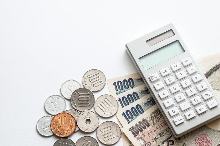 家族葬の費用は?費用相場や費用を抑える方法などを詳しく解説のサムネイル画像
